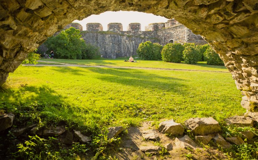 A view from the tunnels of Suomenlinna. Photo: Jussi Hellsten, Visit Finland.